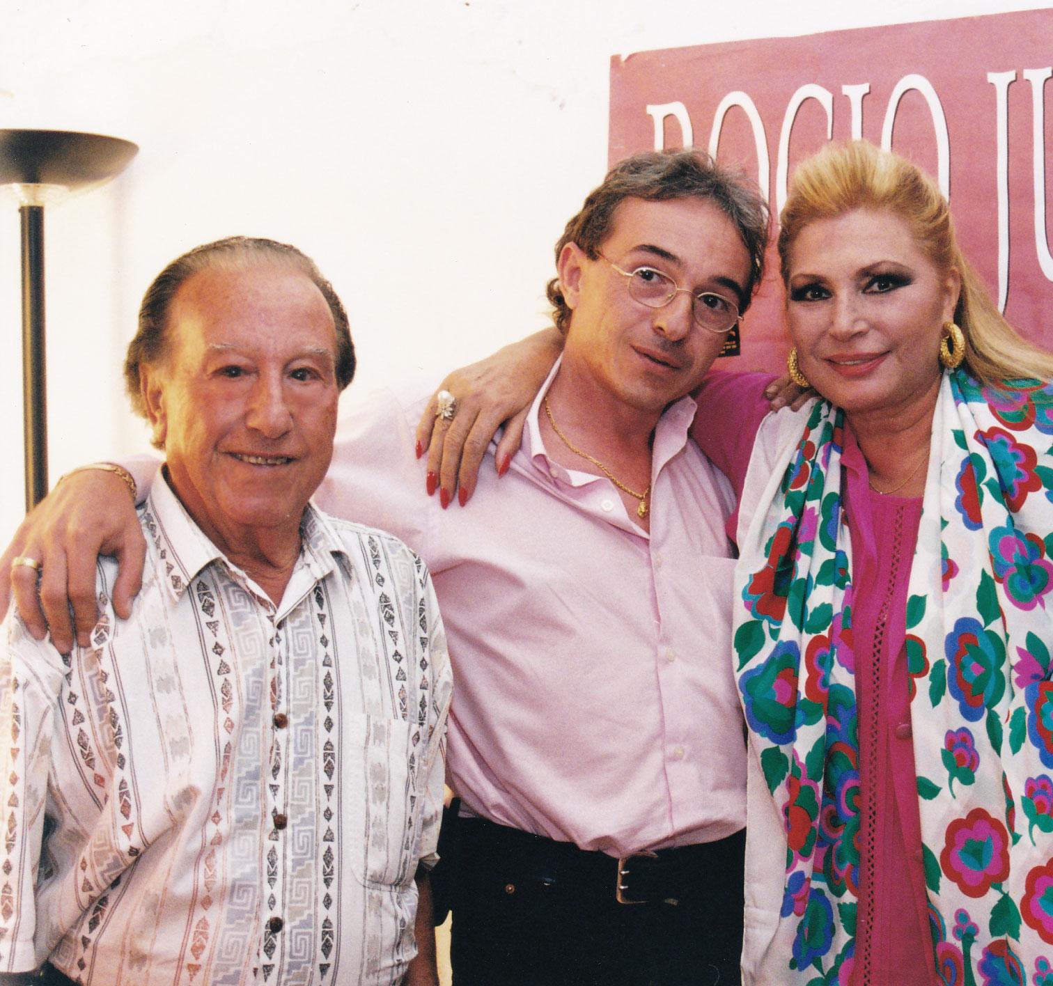 12-Con Rocío Jurado y su hijo Francisco, en Lorca.