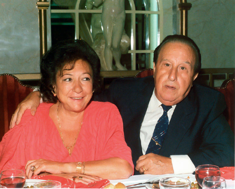21-Con su esposa