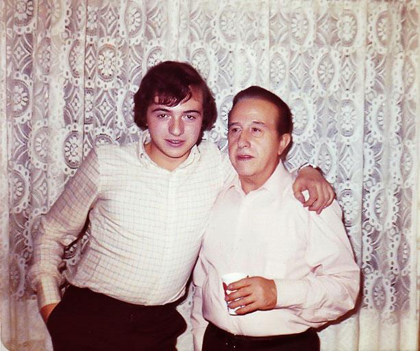 1-Con su hijo, FRANCISCO, promotor de esta Web y de la edición de todas canciones inéditas.