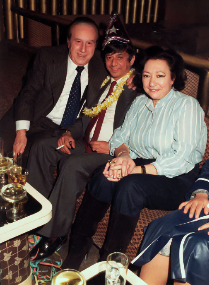 17-Con su esposa y Diego Vargas (hermano de BAMBINO)